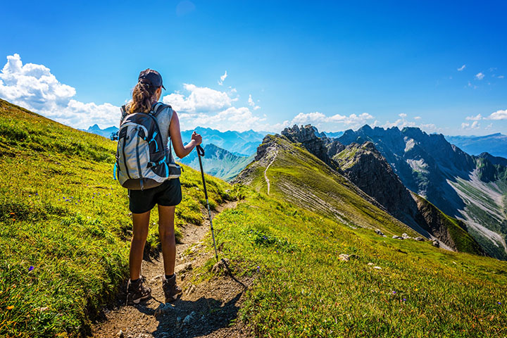 Hiking for burning calories