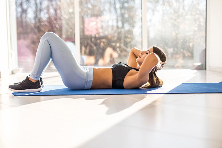 glute squeezes posture exercises