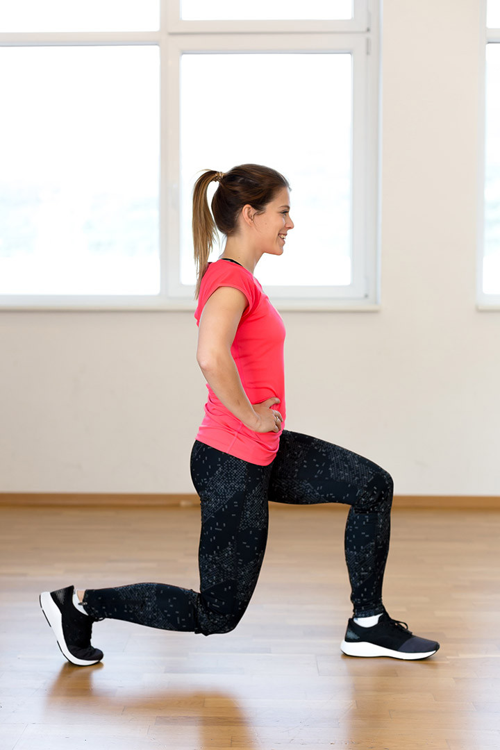 walking lunges for slim thighs