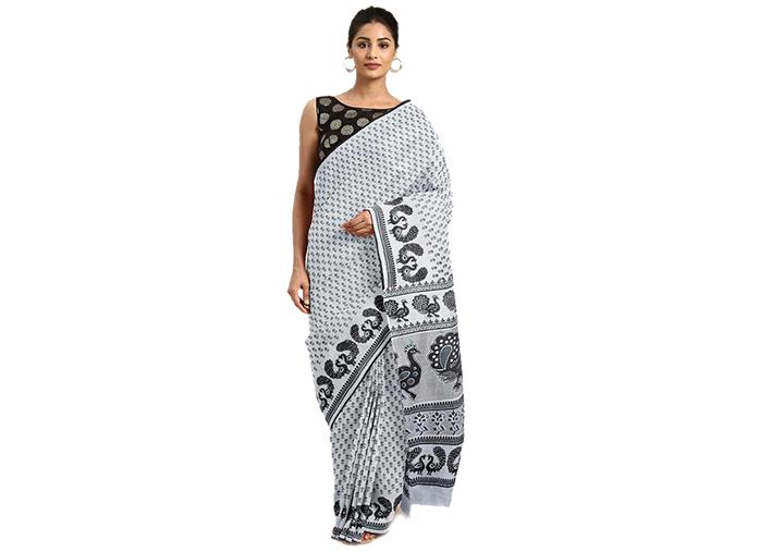 Printed Gadwal Cotton Blend Saree (White, Black)