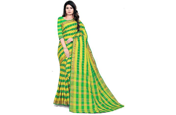 Striped Chettinadu Cotton Blend Saree(Green, Yellow)