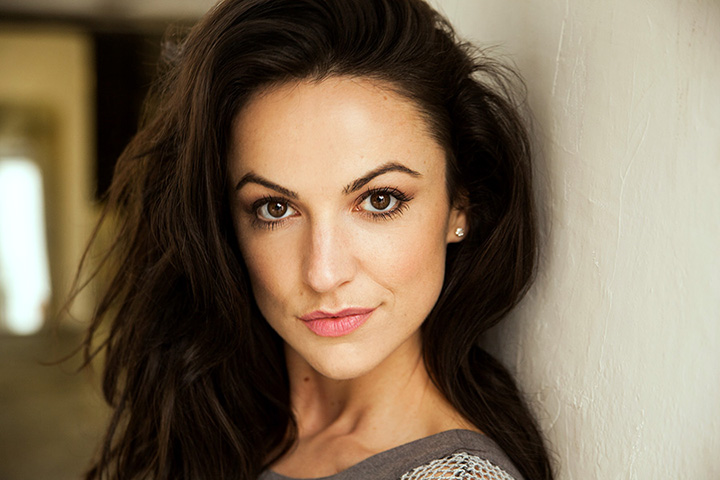 Alexandra Hulme – Height, Weight, Age, Movies & Family – Biography