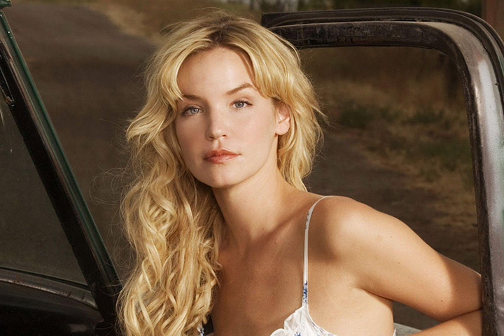 Ashley Scott – Height, Weight, Age, Movies & Family – Biography