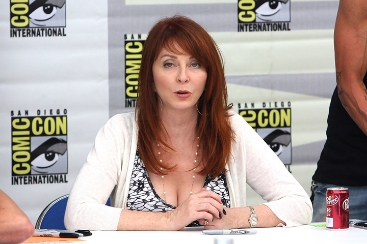 Cassandra Peterson – Height, Weight, Age, Movies & Family – Biography