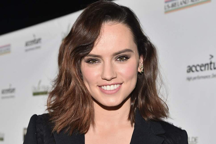 Daisy Ridley – Height, Weight, Age, Movies & Family – Biography