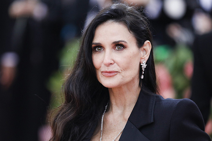 Demi Moore – Height, Weight, Age, Movies & Family – Biography
