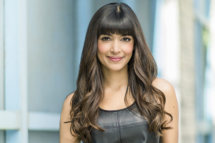 Hannah Simone – Height, Weight, Age, Movies & Family – Biography