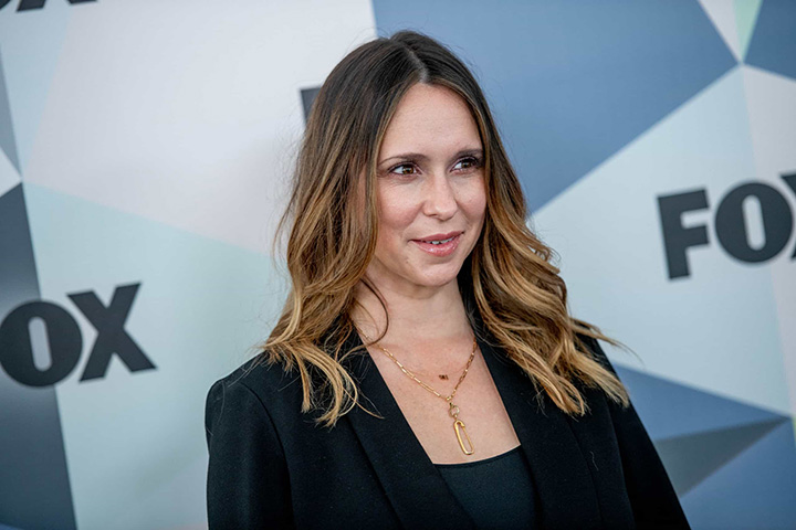 Jennifer Love Hewitt – Height, Weight, Age, Movies & Family – Biography