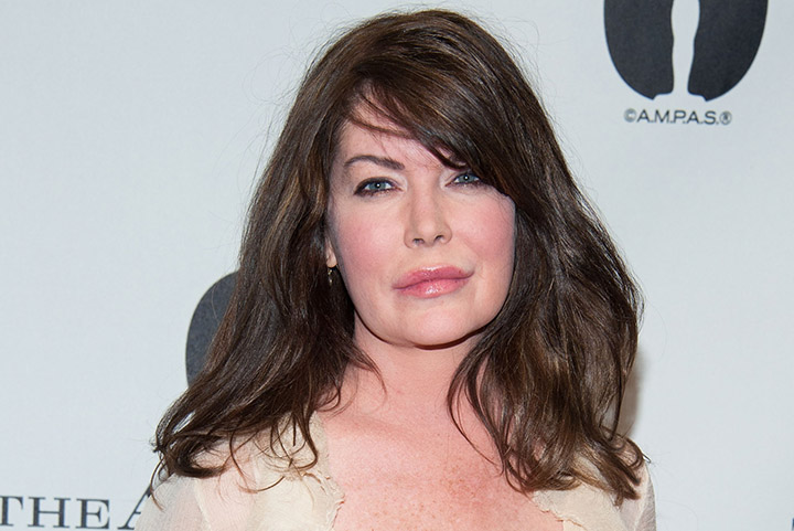 Lara Flynn Boyle – Height, Weight, Age, Movies & Family – Biography