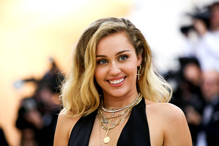 Miley Cyrus – Height, Weight, Age, Movies & Family – Biography