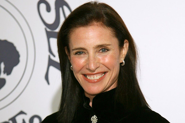 Mimi Rogers – Height, Weight, Age, Movies & Family – Biography