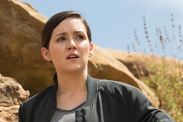 Shannon Woodward – Height, Weight, Age, Movies & Family – Biography