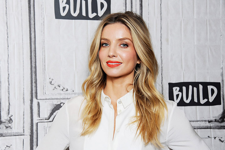 Annabelle Wallis – Height, Weight, Age, Movies & Family – Biography