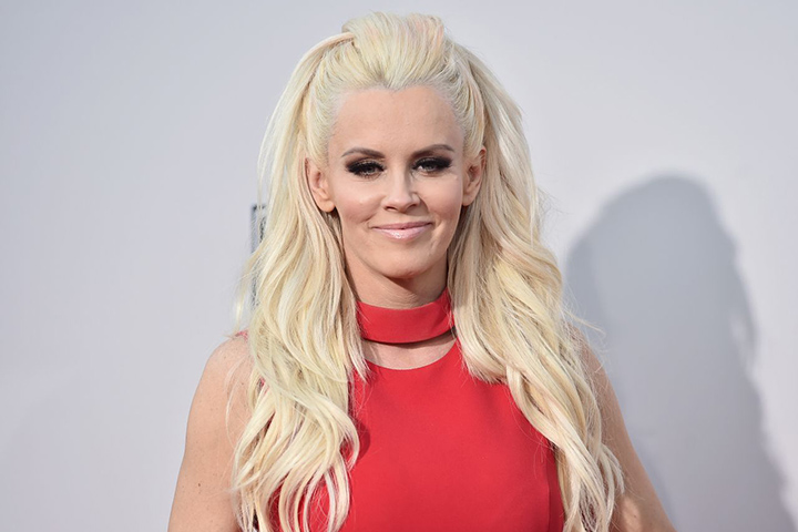 Jenny McCarthy – Height, Weight, Age, Movies & Family – Biography