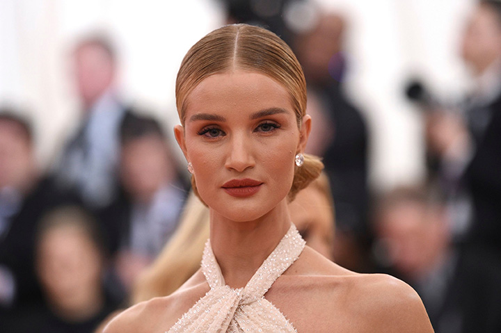 Rosie Huntington-Whiteley – Height, Weight, Age, Movies & Family – Biography